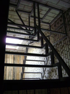 каркасы лестниц из профтрубы