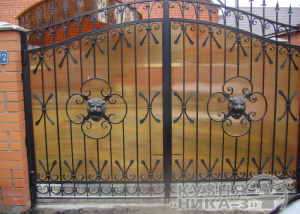забор из поликарбоната